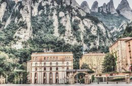 b7a7809f5cb How to get to Montserrat Monastery near Barcelona  All options + what to  pack