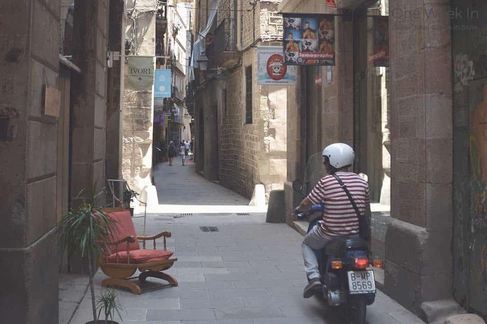 Narrow street Gothic Quarter