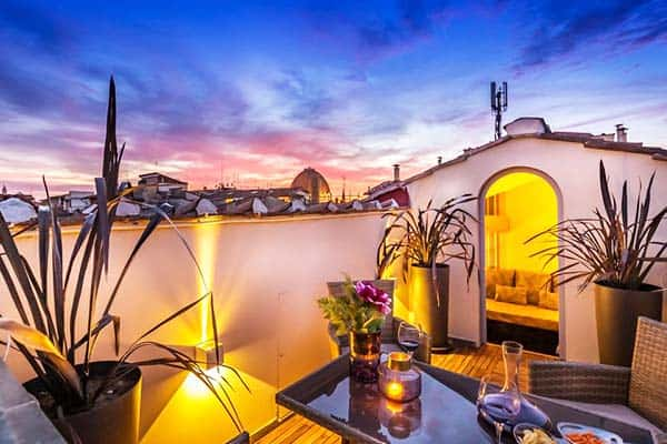 Enjoy a balcony view in some rooms at Arte' Boutique Hotel
