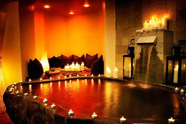 Treat yourself a spa after a long tiring day at the Axel Guldsmeden Hotel