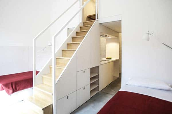 Choose from a private room, dorm or apartment type at Combo Venezia