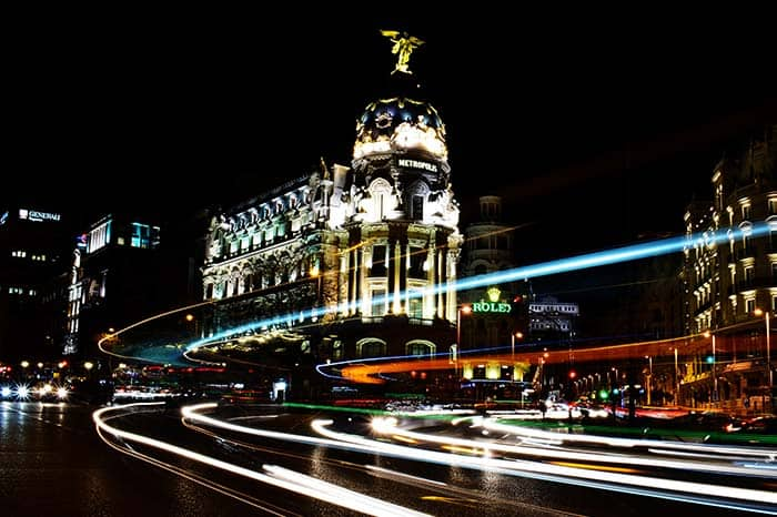 Don't leave Madrid without having to walk at the famous Gran Via