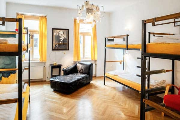 Rooms are perfect for families, groups and solo travelers at Hostel Ruthensteiner