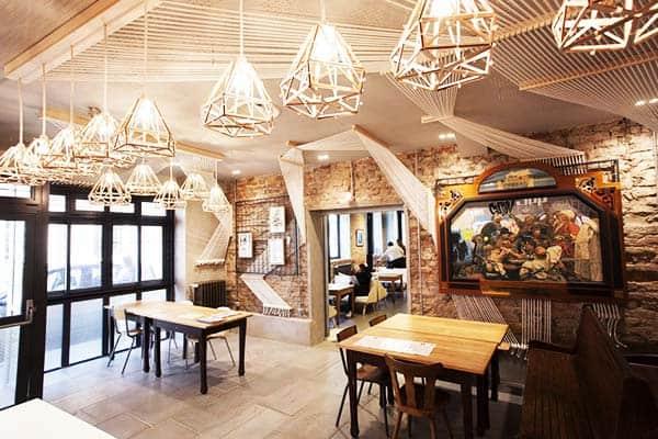 Hotel Graffalgar offers free continental breakfast for children under 8 years old