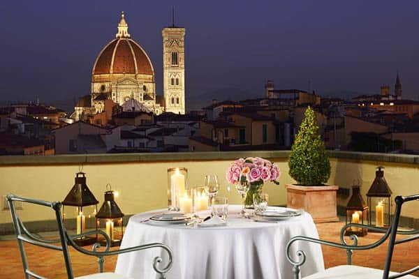 Have a romantic night in the rooftop bar of Hotel Santa Maria Novella