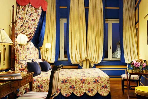 Stay in very comfy beds at Hotel San Maria Novella