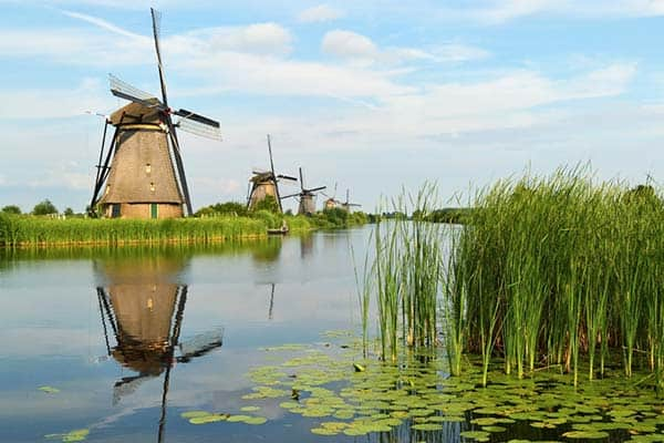 Visit Kinderdjik for a day trip from Amsterdam