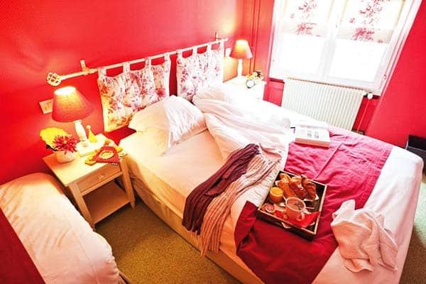 Rooms at Le Kleber Hotel offer soft and comfy beds