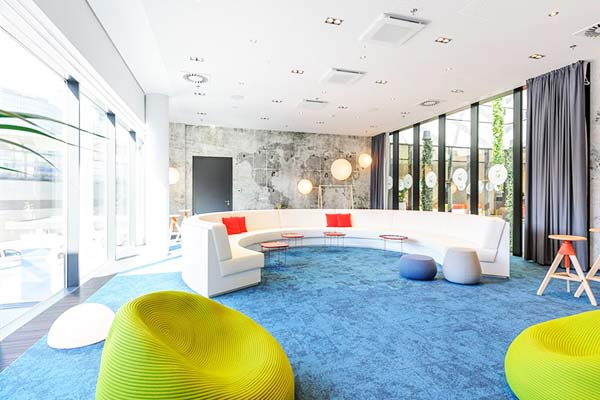 Kids can play at the common area at Novotel Wien Hauptbahnhof