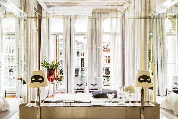 Be surrounded by mirrors at Palazzina Grassi