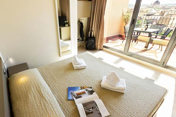 Not only rooms are clean and comfy at Plus Florence but also cheap