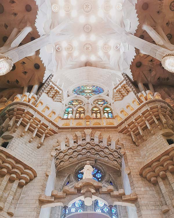 Sagrada Familia - Is entering Sagrada Familia worth it? YES, it really is!