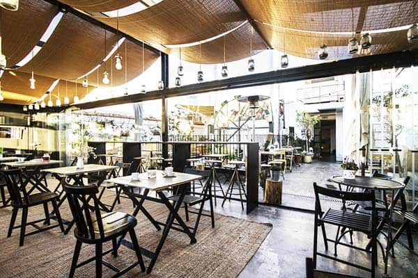 You can grab a perfect meal for great deals at The Hat Madrid
