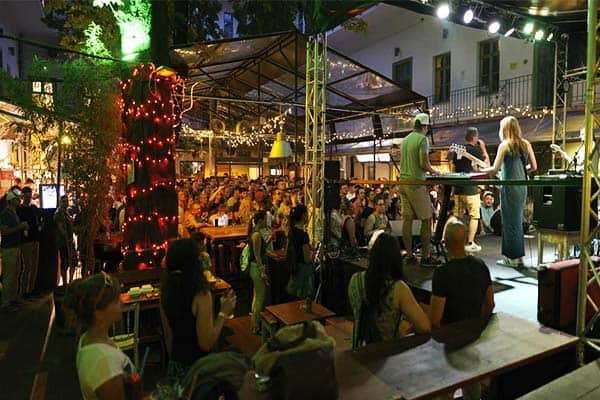 Join the daily parties and concerts at The Hive Party Hostel