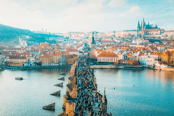 Expand your tour and visit Prague from Vienna