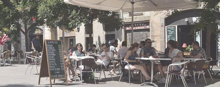 23 Best Places to EAT in Barcelona: Tapas, Food Courts and Scenic Views