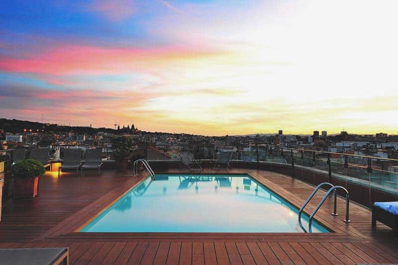 Where to Stay in Barcelona for a FIRST VISIT? Guide 2019 (+ full Map)