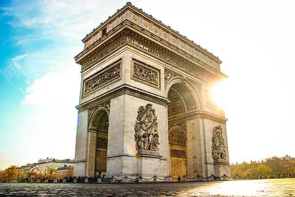 Arc de Triomphe in Paris - do I need a ticket?