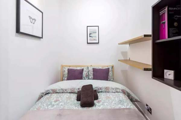 Where to stay in London for groups? at Ravensbourne house