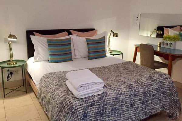 Budget hotel in London, Luxury inn