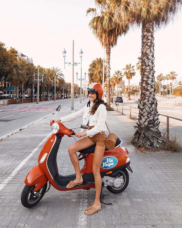 Scooter Rental in Barcelona - Get a great Vespa