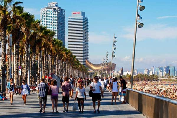 One of the most visited and most famous beach district in Barcelona is Barceloneta