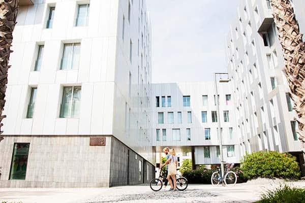 Go biking in the friendly neighborhood near the Durlet Beach Apartment