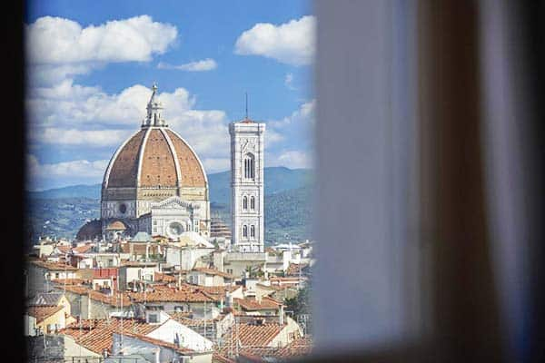 Reach Florence's Duomo in 10 minutes by foot from Grand Hotel Adriatico