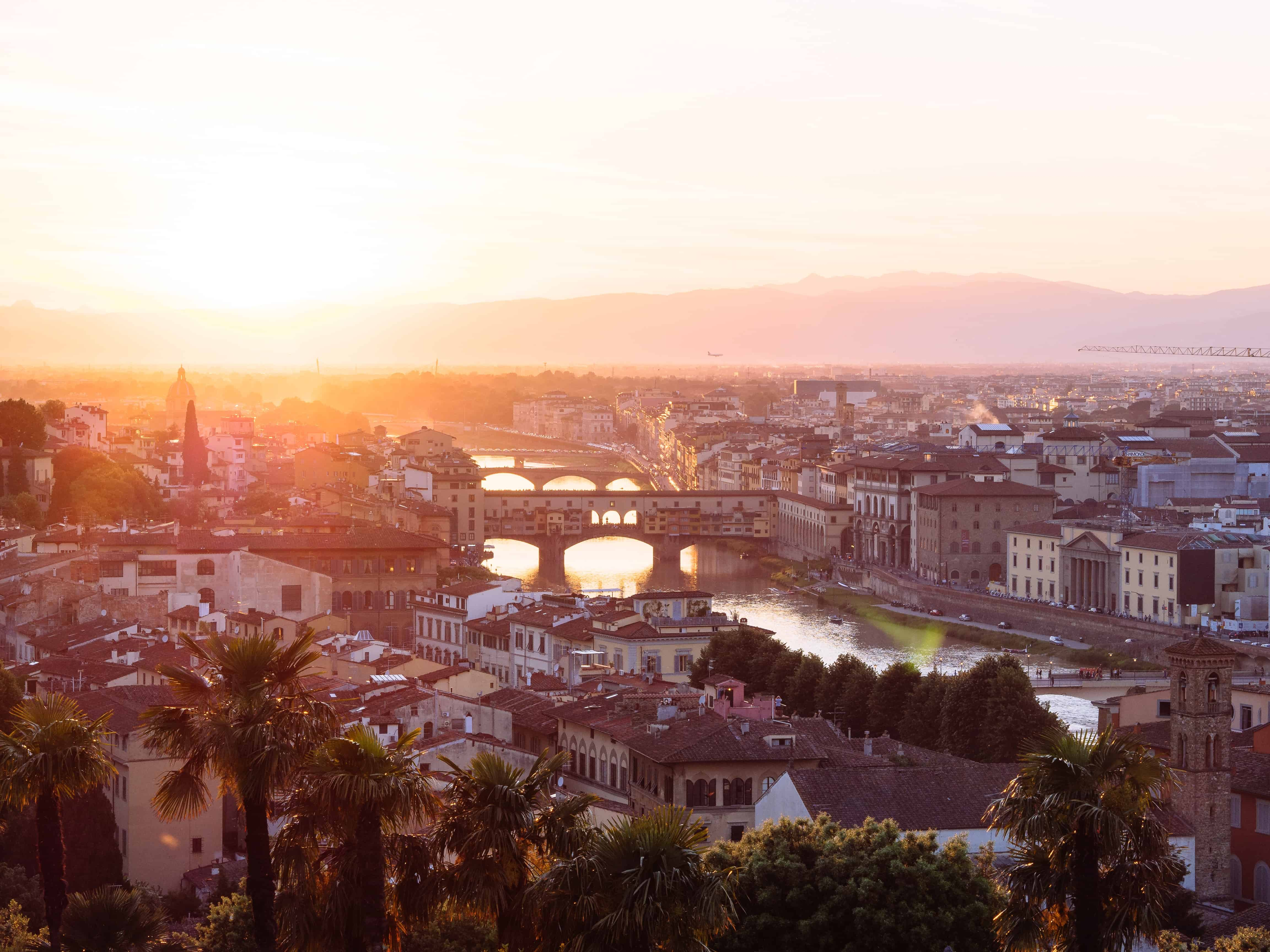 Sunsets in Florence definitely deserves an Instagram photo