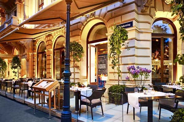 Enjoy luxurious rooms and suites in The Ritz Carlton, Vienna