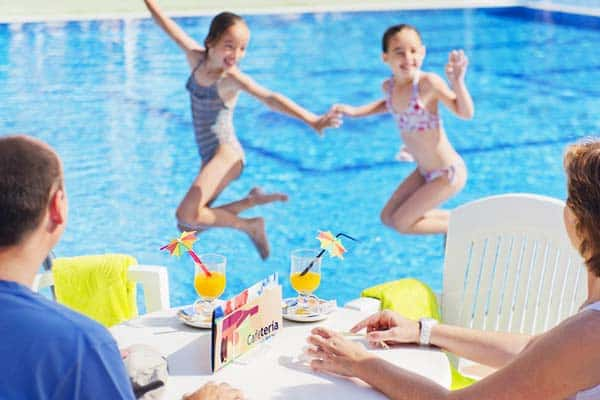 You will find Voramar Cambrils very child-friendly with their many exciting amenities