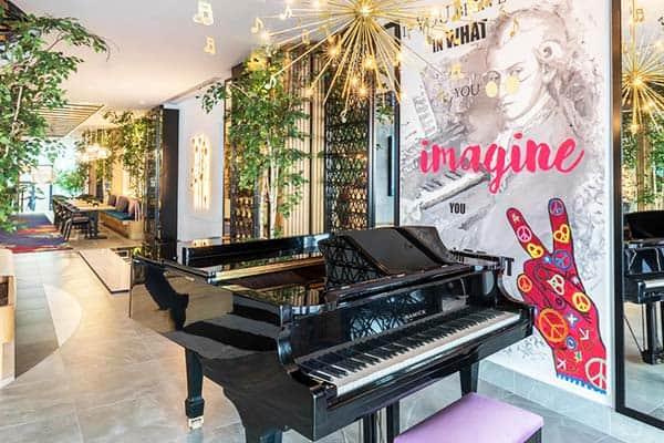 Barcelo Imagine Madrid Piano Bar