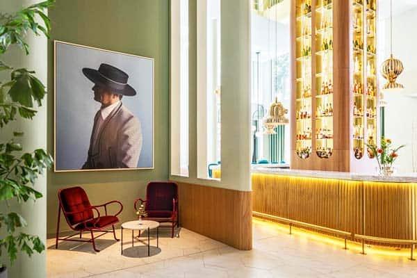 Barcelo Torre De Madrid Bar