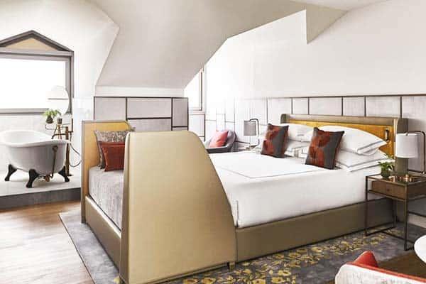Gran Hotel Ingles Madrid Room