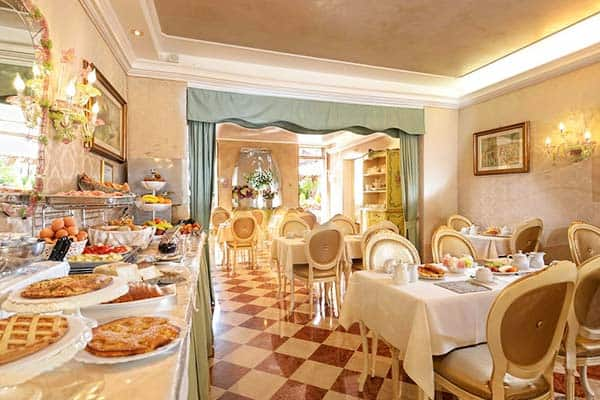 Hotel Olimpia Venice Breakfast Room