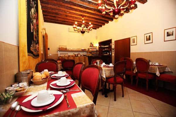 La Locandia Di Orsaria Venice Dining Area