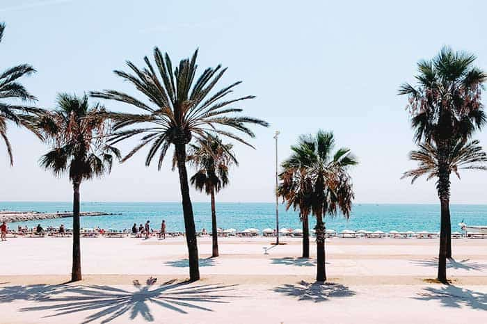 The beach in Barcelona is for free