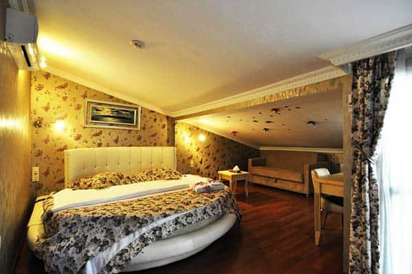 Angel's Home Hotel Room