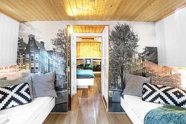Asile Flottant Amsterdam Room