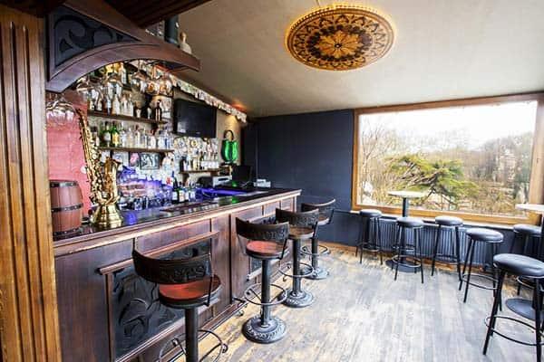 Cheers Hostel Bar