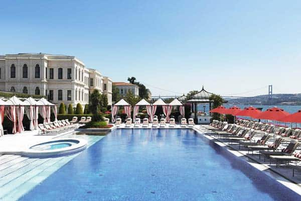 Four Seasons Hotel Istanbul Pool