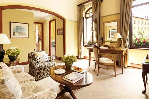 Four Seasons Hotel Istanbul Sultanahmet Living Area