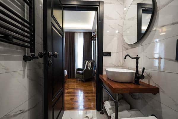 Inqlusif Hotel Galata Bathroom