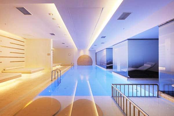 Novotel Istanbul Bosphorus Hotel Indoor Pool