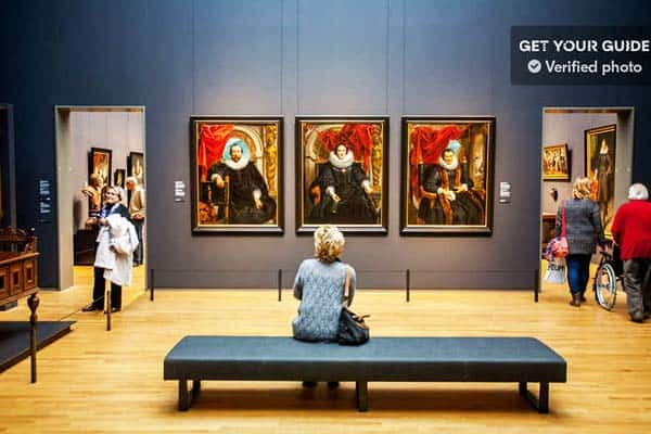 Don't miss to see the famous Rijksmuseum