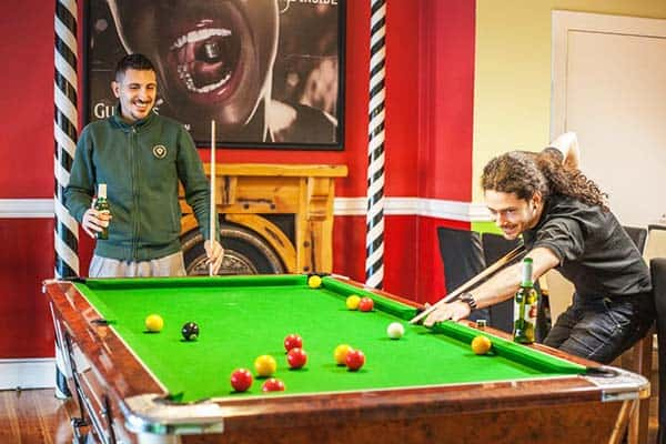 The Four Courts Hostel Dublin Billiards
