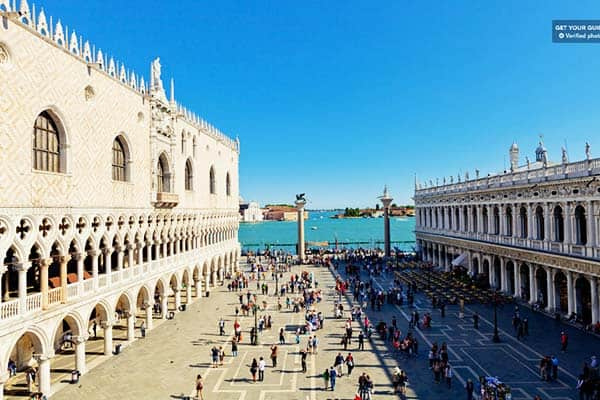 Take your time in the heart of Venice in Piazza San Marco